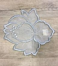 Napperon Fleur grise 25cm