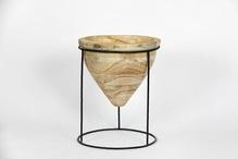 Pot sur pied cône en bois 29 cm